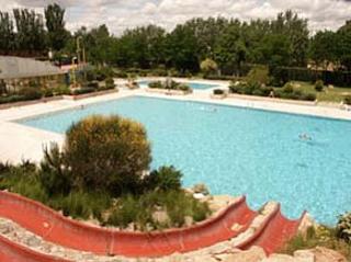 Munideporte el d a cuatro abre la piscina de verano for Piscina de alcobendas